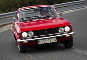 SEAT 124 Sport Coupe - cornering