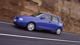 SEAT Ibiza Mk3 - on the road