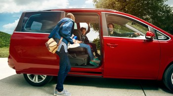 SEAT Alhambra - side door open