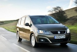 SEAT Leon crowned 2013 Auto Express Car of the Year