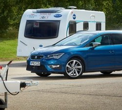 SEAT Leon ST hauls in its first towing title