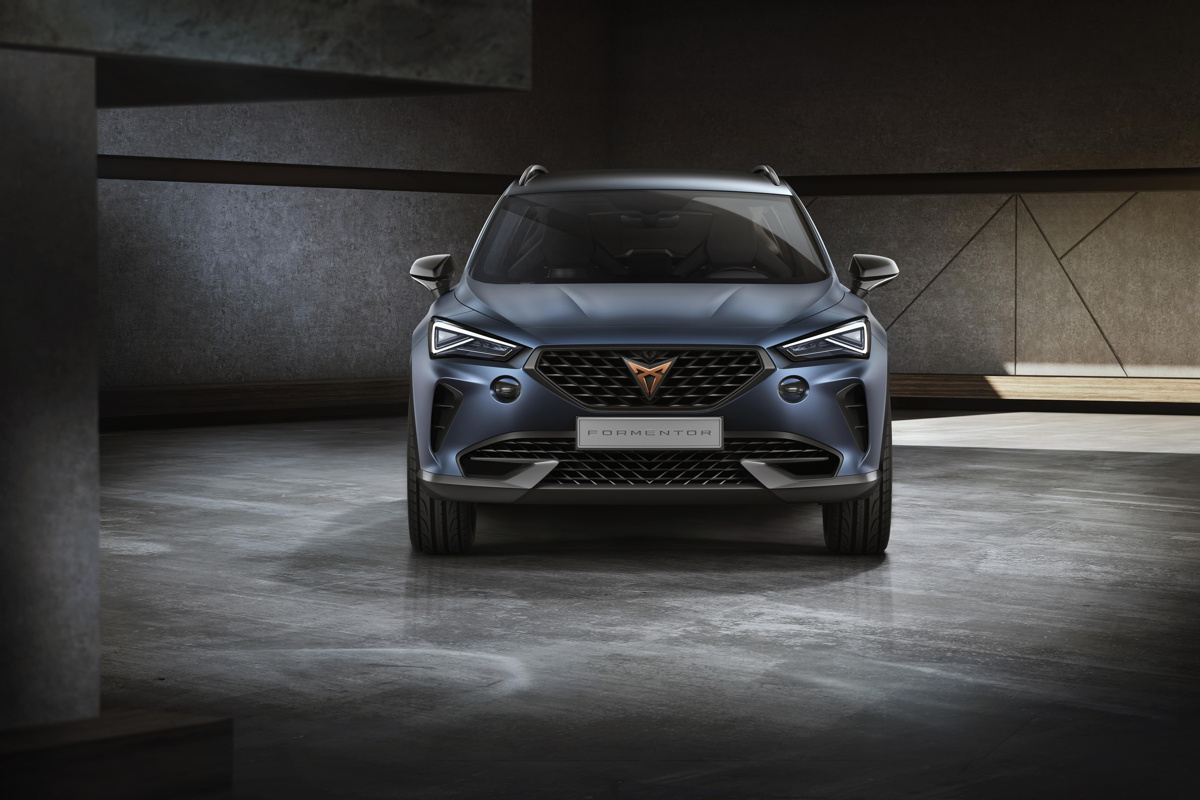 SEAT Cupra Formentor - front